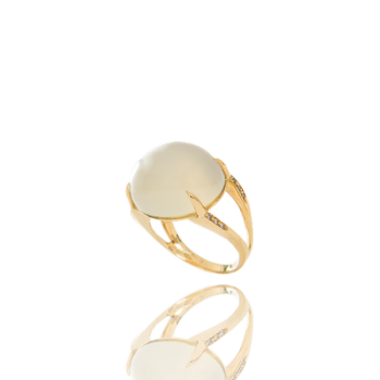 White Moonstone Champagne Diamond 18kt Yellow Gold Cocktail Ring