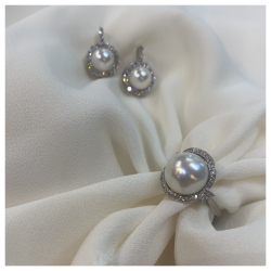 White Diamond and White Pearl Ring with White Diamond and Pearl Drop Earrings Made in Italy